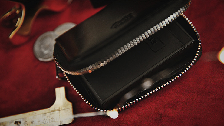 Zipper Playing Card Case (Leather) by TCC
