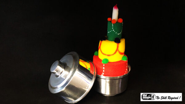 Mini Production Pan with Sponge Cake by Mr. Magic