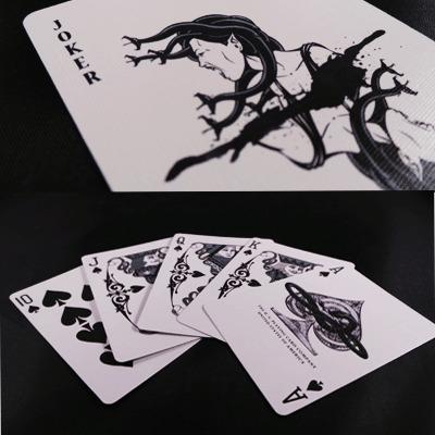 Venom Strike Deck by US Playing Cards