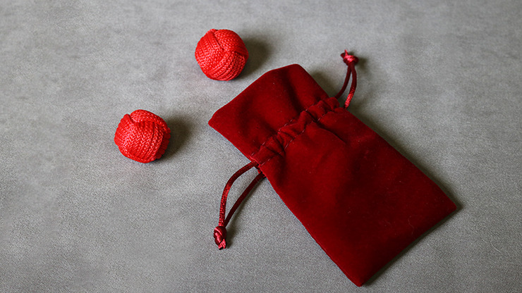 Monkey Fist Chop Cup Balls (1 Regular and 1 Magnetic) by Leo Smetsters