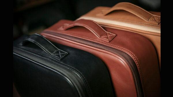 Luxury Close-Up Bag (Dark Brown) by TCC