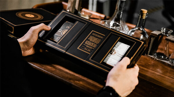 Card College The Deluxe Elegant Box Set Gilded (Black) by Roberto Giobbi and Ark Playing Cards