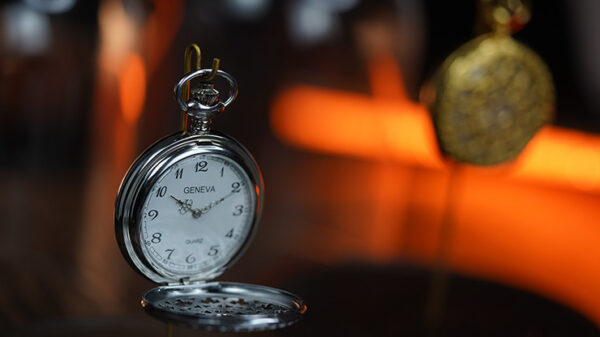 Infinity Pocket Watch V3 - Silver Case White Dial / STD Version by Bluether Magic