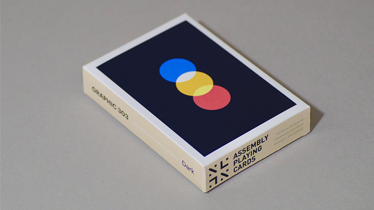 Graphic 303 Dark Playing Cards