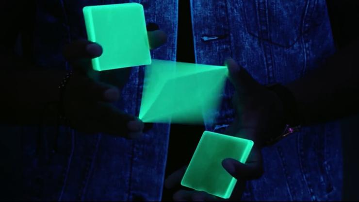 Neon Deck (Green) by SansMinds - Trick